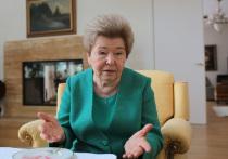 Наина Ельцина ответила Руцкому и Хасбулатову на слова о муже