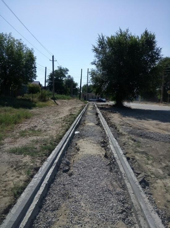 На улицах Элисты продолжается ремонт дорог