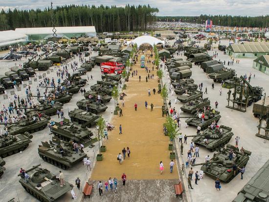 """Джихад-мобили террористов показали на выставке """"Армия-2018"""""""