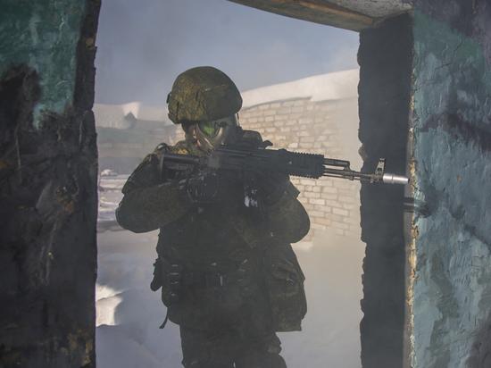 Экзоскелет поможет солдату нести при марш-броске 50-килограммовую нагрузку