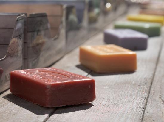 Ролики, где режут мыло, делают людей зависимыми