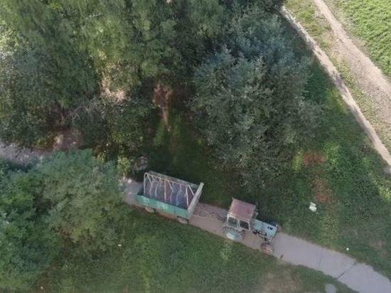 В Краснообске скандалят из-за «похищенных» качелей