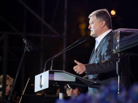 «Благодаря вам сапог русского оккупанта неоскверняет улицы Киева»,— сильное обращение Порошенко