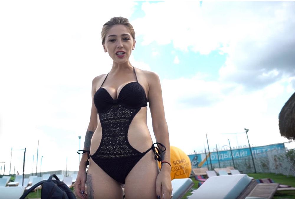Настя Ивлеева: провокационные образы королевы Instagram