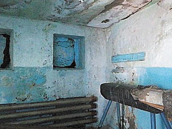 Провинциальная школа пожаловалась на отсутствие крыши к 1 сентября