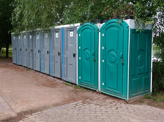 Москвичи испытали нужду в туалетах: