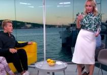 Норвежская телеведущая Линн Виик попала в неловкую ситуацию: её стошнило на гостя в прямом эфире