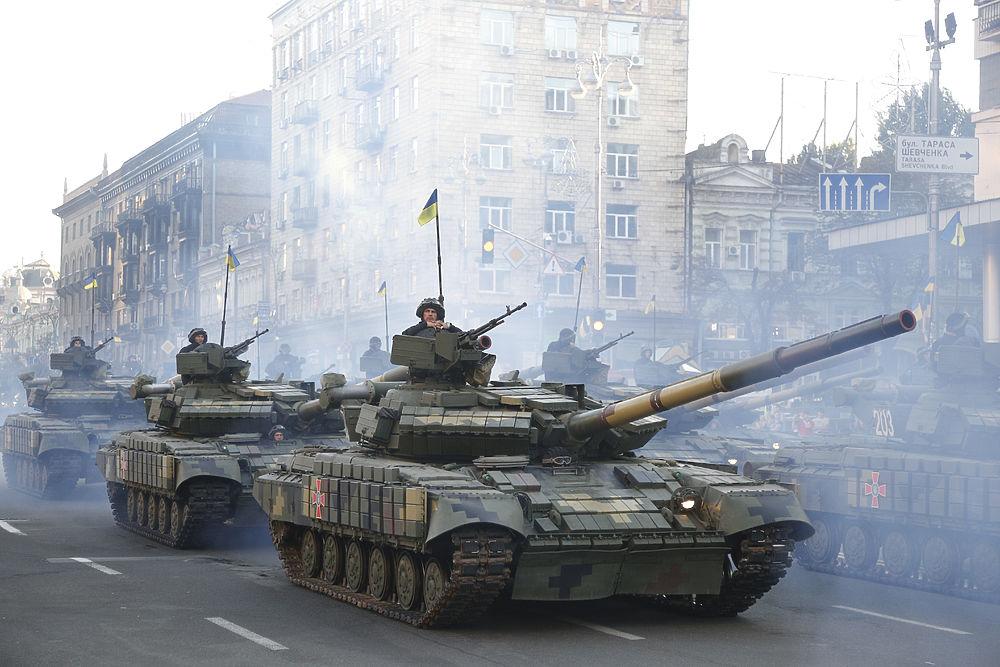 День независимости Украины: по Киеву прошли парадом НАТОвцы