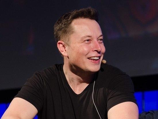 Илон Маск Tesla останется публичной компанией