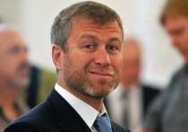"""Как пишет газета Sunday Times, владелец лондонского """"Челси"""" Роман Абрамович нанял инвестиционный банк для рассмотрения вопроса о продаже футбольного клуба"""