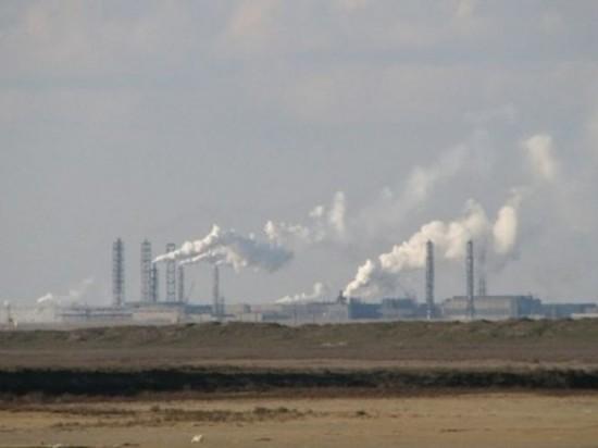 Экологи разбираются, какой из пяти заводов испортил воздух в Крыму