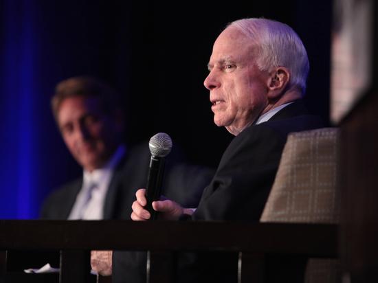 «Мывершим историю»: Маккейн впрощальном послании нации напомнил оплеменной вражде