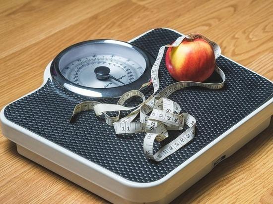 Названа лучшая диета для борьбы с жиром на животе