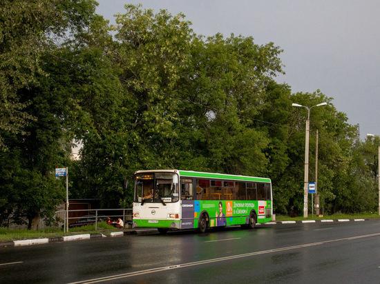 Маршруты псковских автобусов скорректировали из-за «Ласточки»