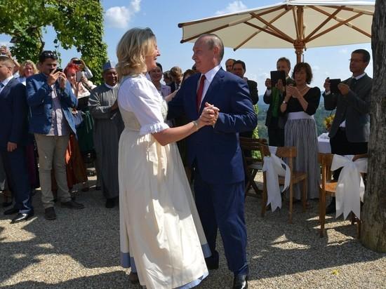 Карин Кнайсль, танцевавшая на свадьбе с Путиным, упала в обморок