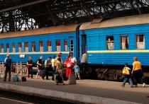 Министр инфраструктуры Владимир Омелян посоветовал гражданам перевезти своих родственников из России обратно на Украину на тот случай, если железнодорожное сообщение между странами будет прервано