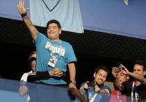 Марадона поблагодарил Лукашенко за то, что «дал работу»