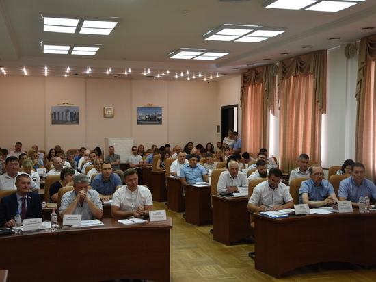 Избраны новые почетные граждане Астрахани