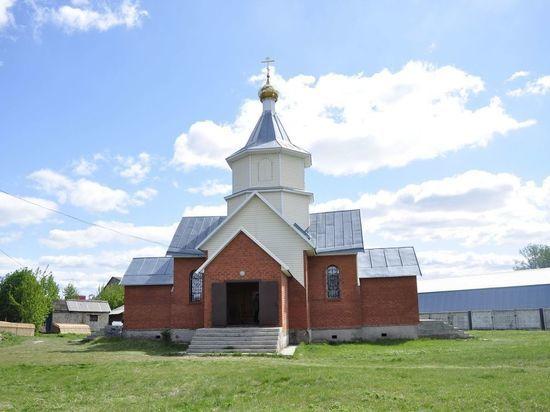 Настоятеля алтайского храма подозревают в изнасиловании девочки в Барнауле