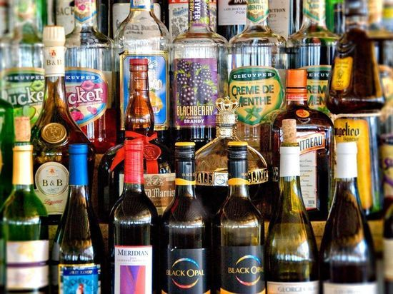 Продажа алкоголя будет запрещена на Пхукете 5 октября | 412x550