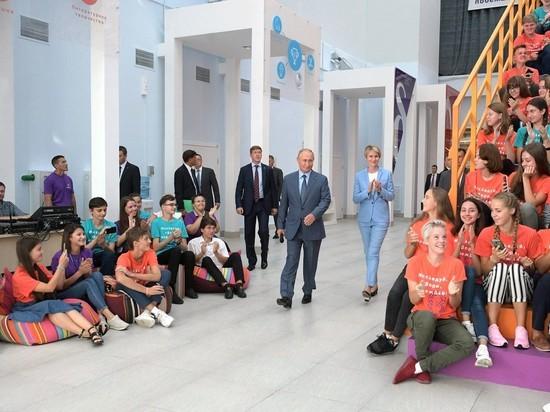 Политолог объяснил, почему Кремль разрешил Навального