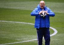 ФИФА не включила Черчесова в тройку лучших тренеров года
