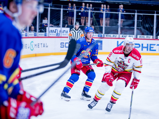 На старте сезона Континентальной хоккейной лиги команды блеснули результативностью
