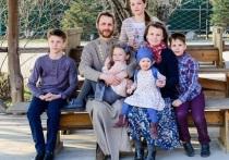 Хабаровчанка смогла организовать семейное обучение для своих пятерых детей