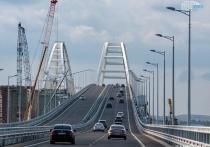 Первое лето Крымского моста: промчалось более 2 млн. машин