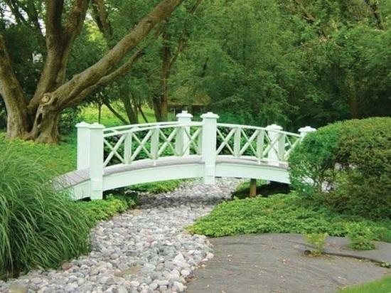 После благоустройства Сиреневый сад станет похож на дворцовый парк