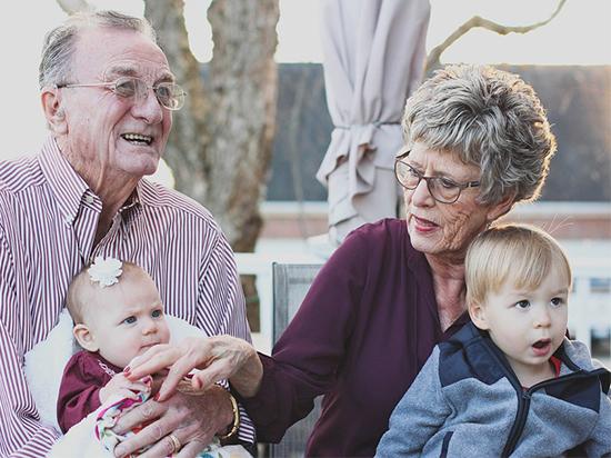 Зачем нужны бабушки