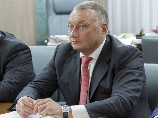 Дмитрий Савельев указом губернатора Алексея Дюмина награжден золотой медалью