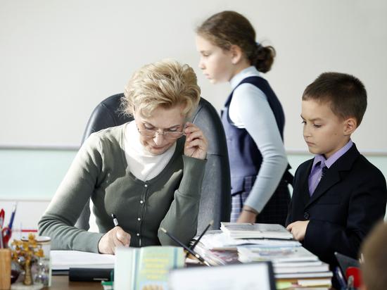 Выяснилось, что каждый третий школьник России занимается с репетитором