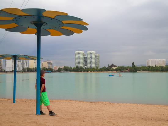 Алматинское озеро Сайран перестает быть зоной отчуждения