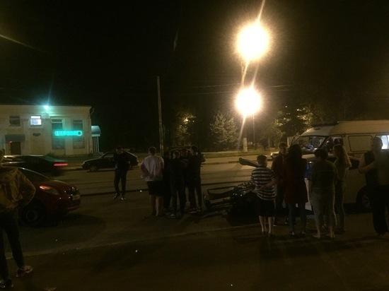 В Заволжском районе Твери столкнулись две иномарки - пострадали люди