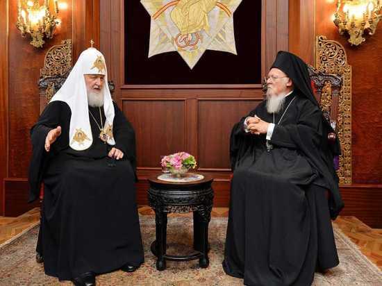 Как поссорились из-за Украины патриархи Кирилл и Варфоломей