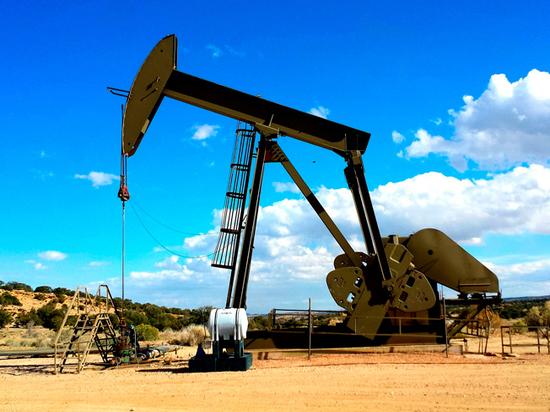 Одна надежда на нефть: радует только