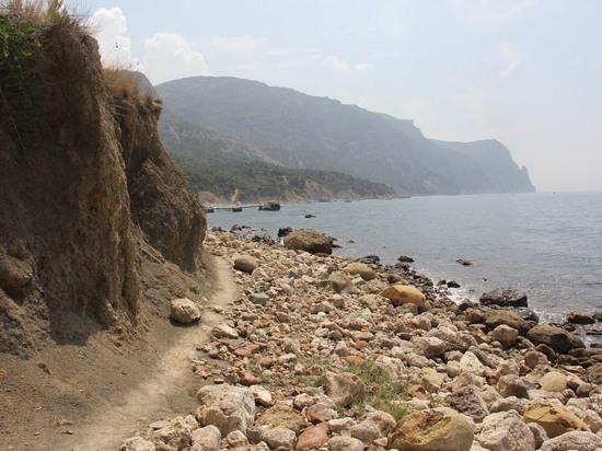 Бархатный сезон в Крыму: за уходящим солнцем на Золотой пляж