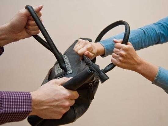 Что делать при встрече с грабителем: советы специалиста
