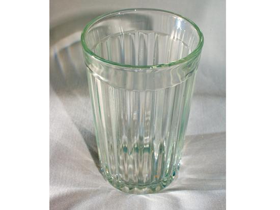 Специалисты рассказали, сколько стоит самый дорогой граненый стакан
