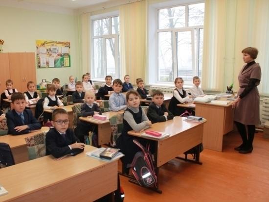 Девять педагогов республики стали лучшими в России