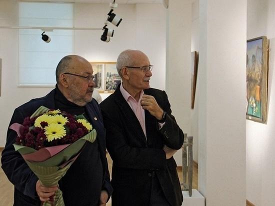 Работы Сергея Краснова украшают жилище Рустэма Хамитова