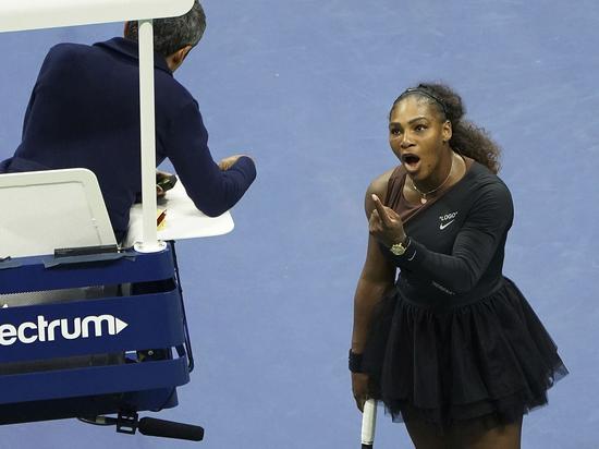 Теннисные судьи хотят бойкотировать матчи Серены Уильямс из-за скандала