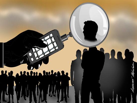 Силовики не слышат: контролировать граждан разрешат без суда