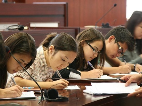 В Казахстане внедряют новый формат единого национального тестирования