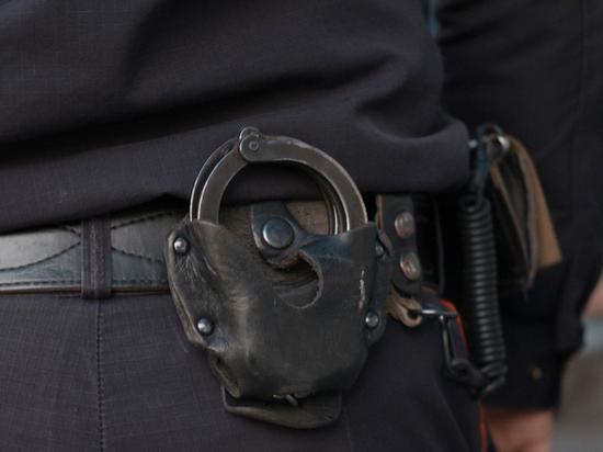 В Москве полицейского заподозрили в избиении задержанного