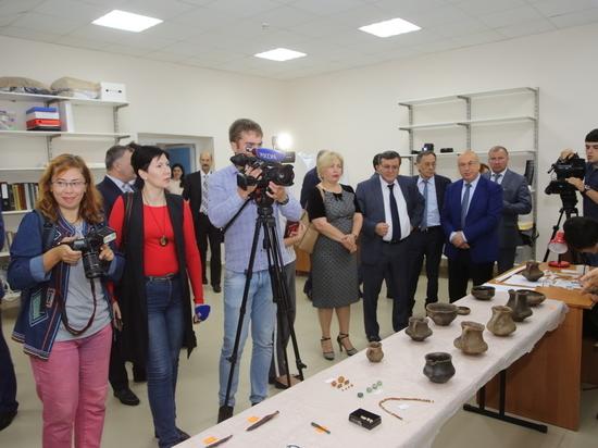 Студенты госуниверситета в КБР пригодились на раскопках Эрмитажу