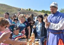 Радаев и Исаев пошли в гору