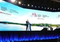 Постпред президента РФ в ДФО Юрий Трутнев рассказал об итогах первых двух дней работы четвертого Восточного экономического форума, который в это время проходит во Владивостоке