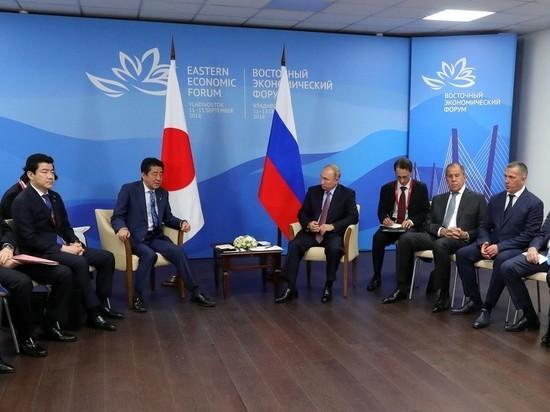 Переговоры Путина и Абэ: эксперты о мирном договоре с Токио
